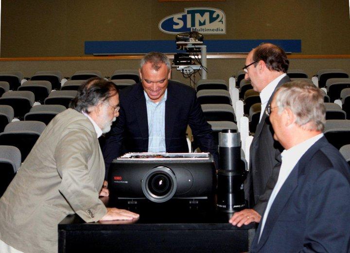 Фрэнсис Форд Коппола (Francis Ford Coppola) проектор SIM2 HT5000